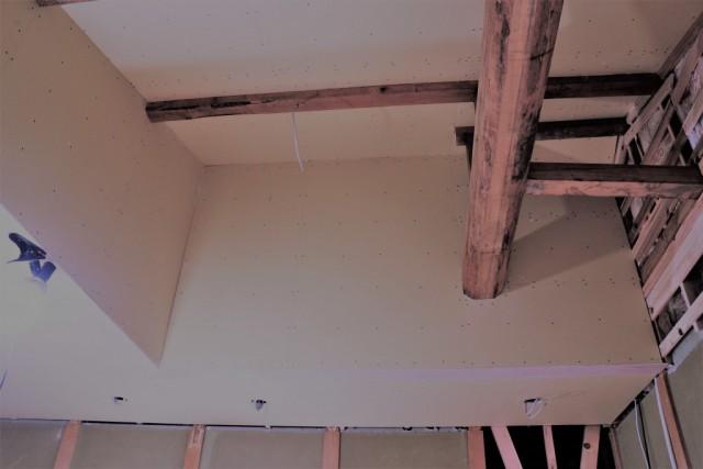 梁見せで天井をつくります!